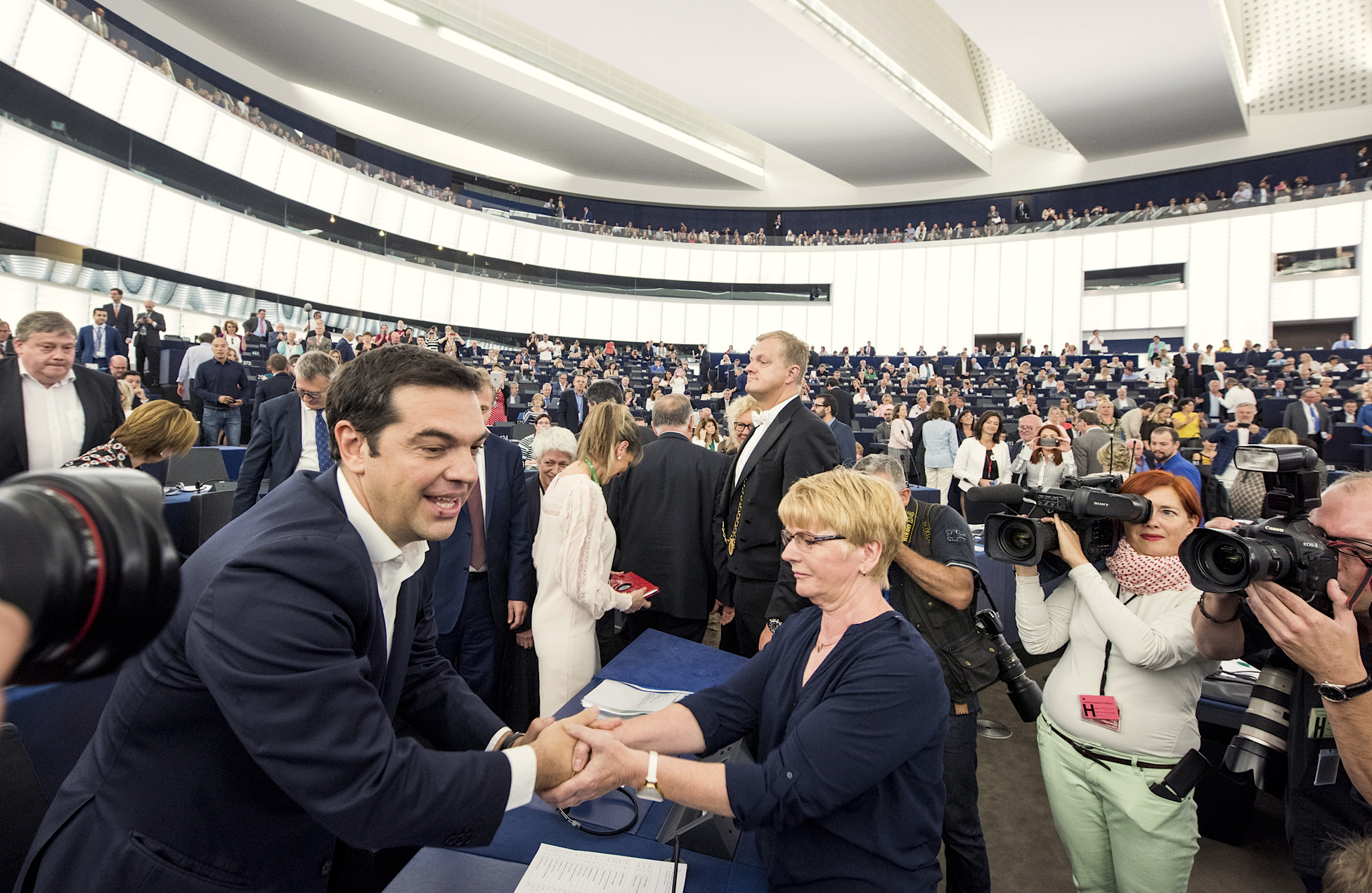MEPs berate Greek PM in lively debate