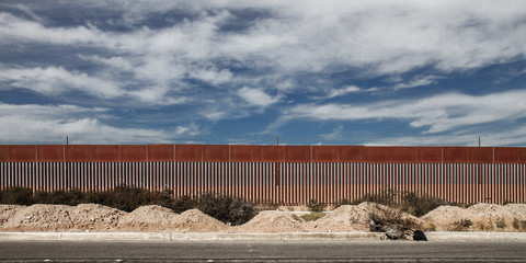 EU migrants sneaking into US from Mexico