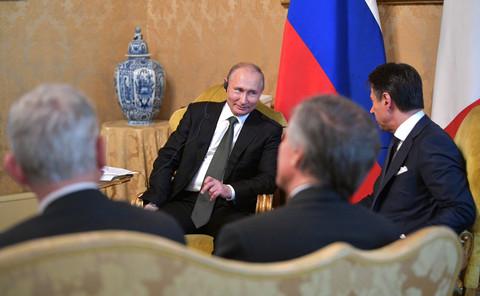 Conte to Putin: EU sanctions on Russia make Italy 'sad'