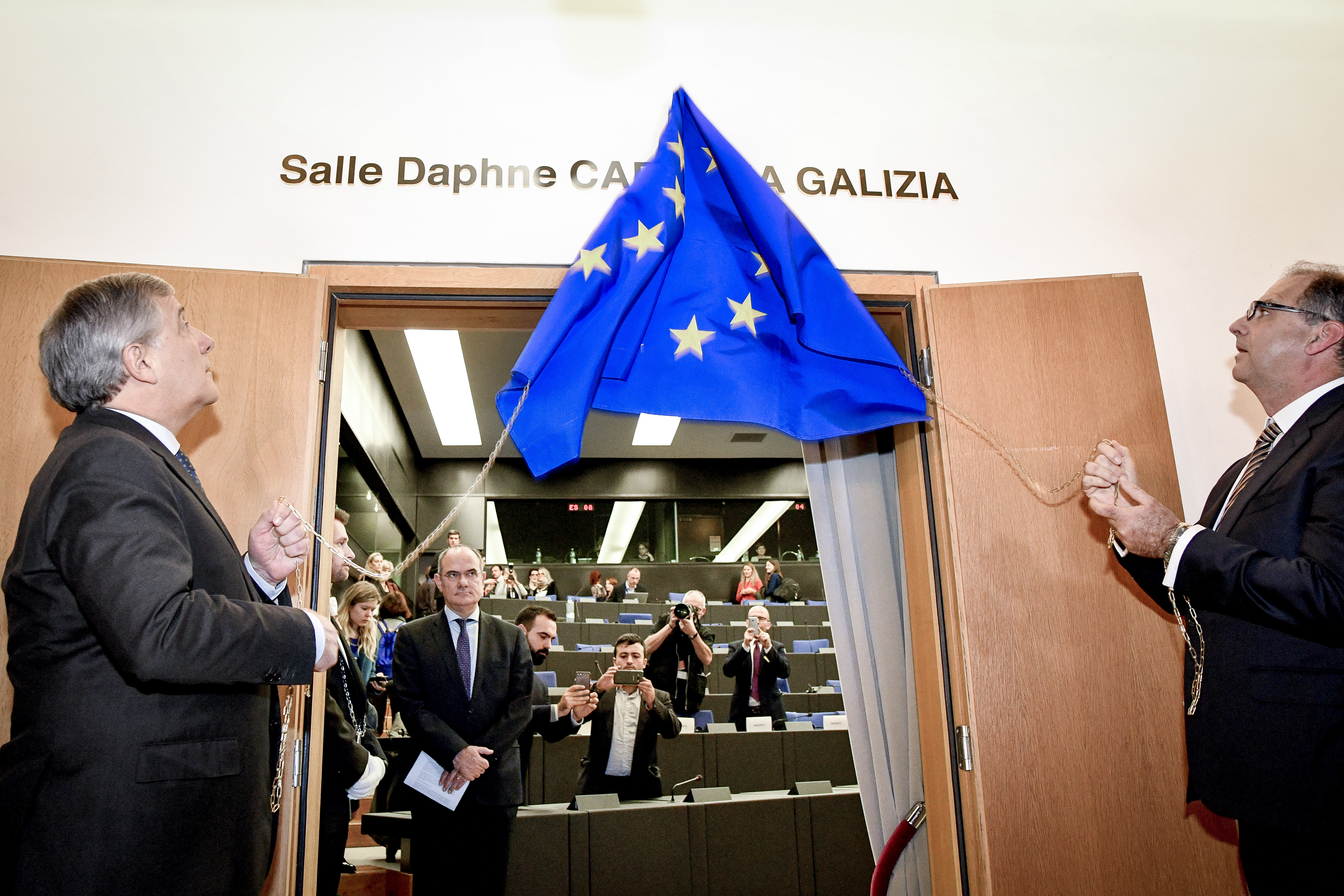 European Parliament urges EU probe of Malta after journalist killed