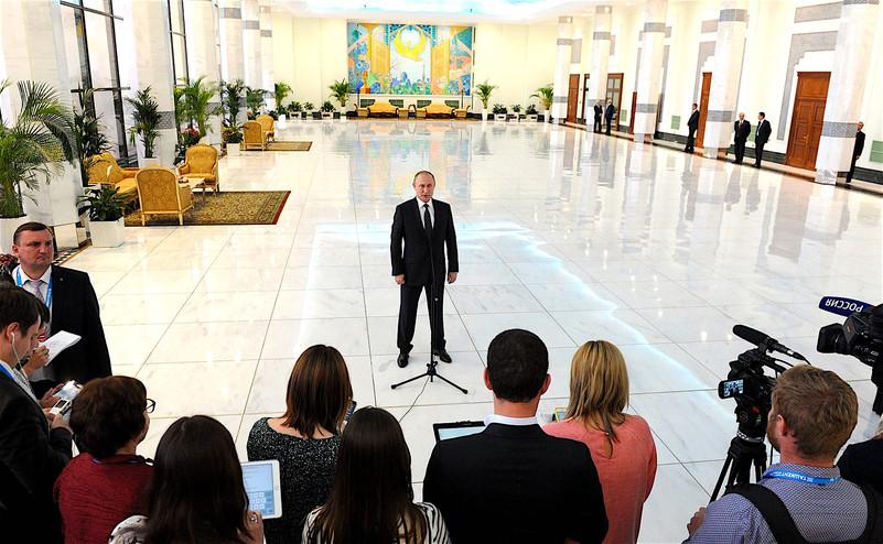 Требуем принятия парламентом решения о непризнании выборов российского президента, - Бурбак - Цензор.НЕТ 3251