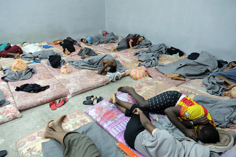 Migrants paying to get detained in Libyan centres