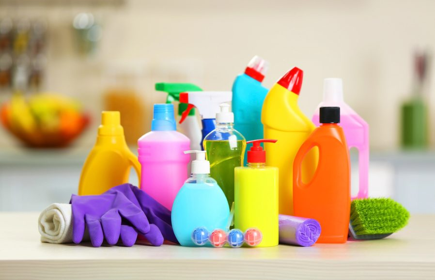 Ship your cleaning products abroad at some of the cheapest prices