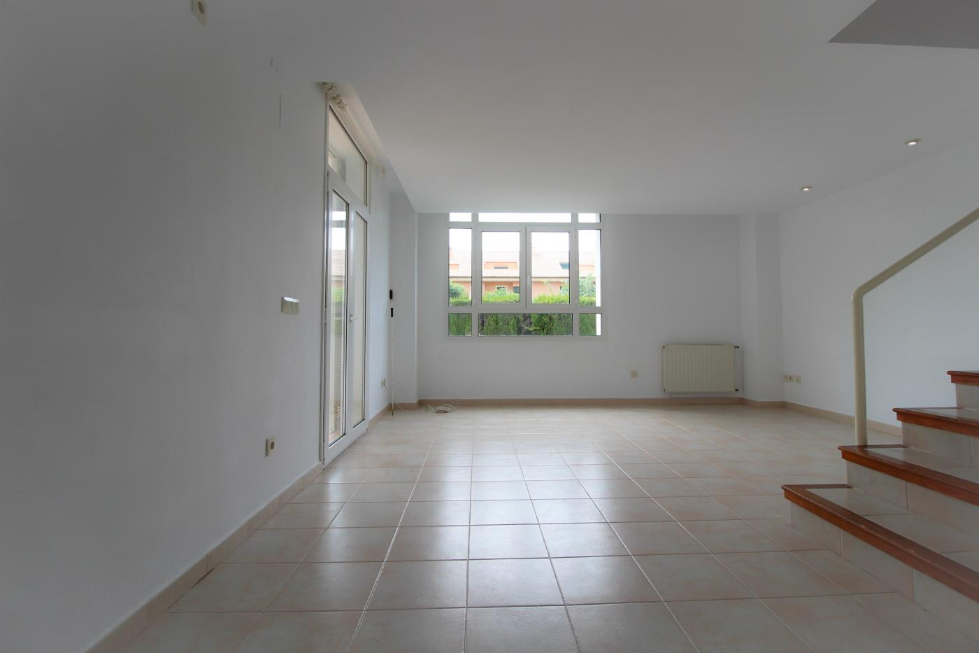 Townhouse for rent in Javea