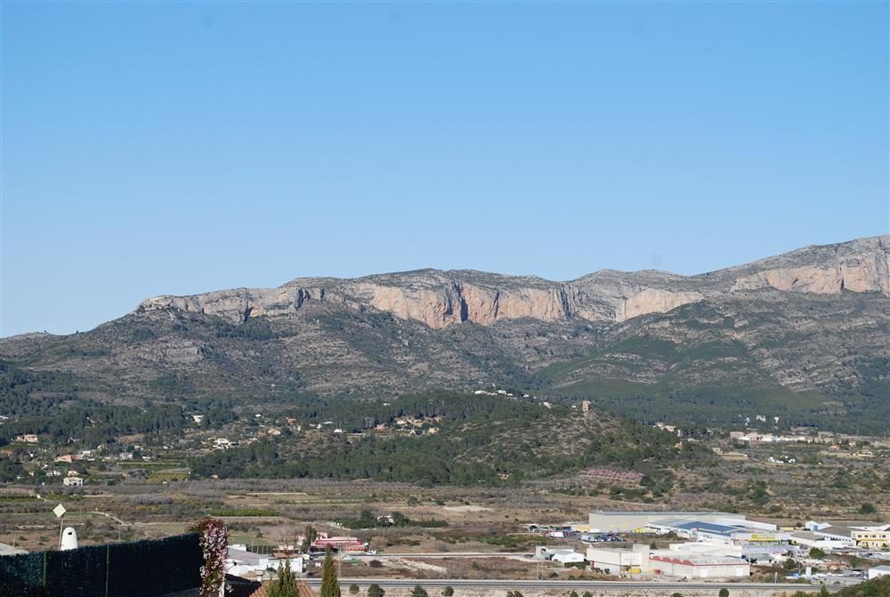 Plot For Sale in Pedreguer