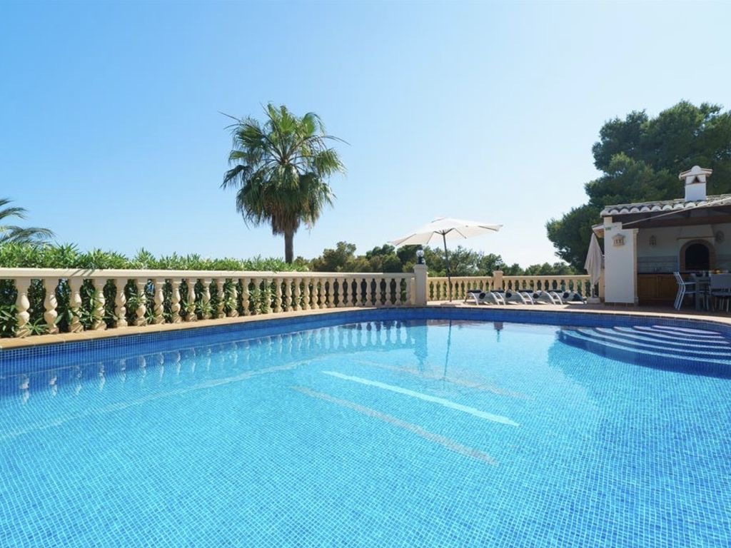 Available now A beautiful luxury 3 bedroom villa with stunning sea views for long term rental in Jav, Spain