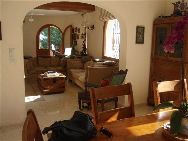 Villa For Sale in Benidoleig