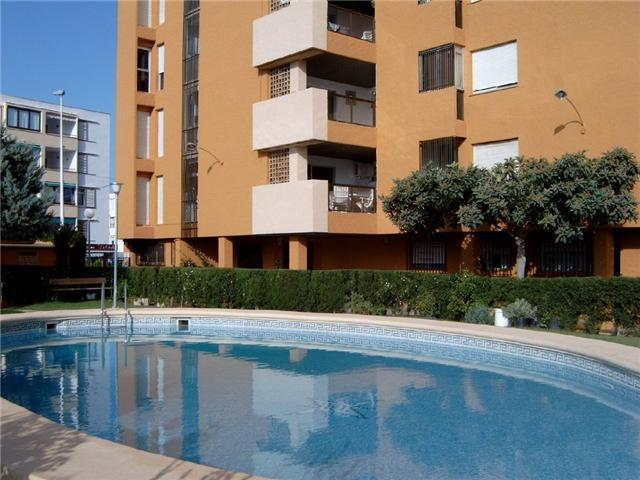 reduced from €235,000! 2 bed apartment located near beach and town with communal pool.  •quality - g, Spain