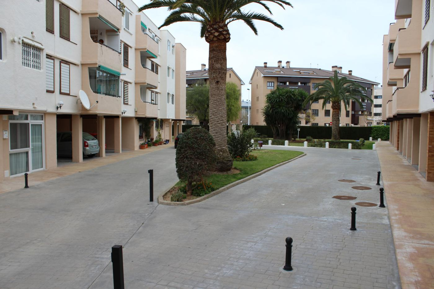 Totally refurbished south facing 3 bedroom apartment for sale in Javea - only minutes from the beach, Spain