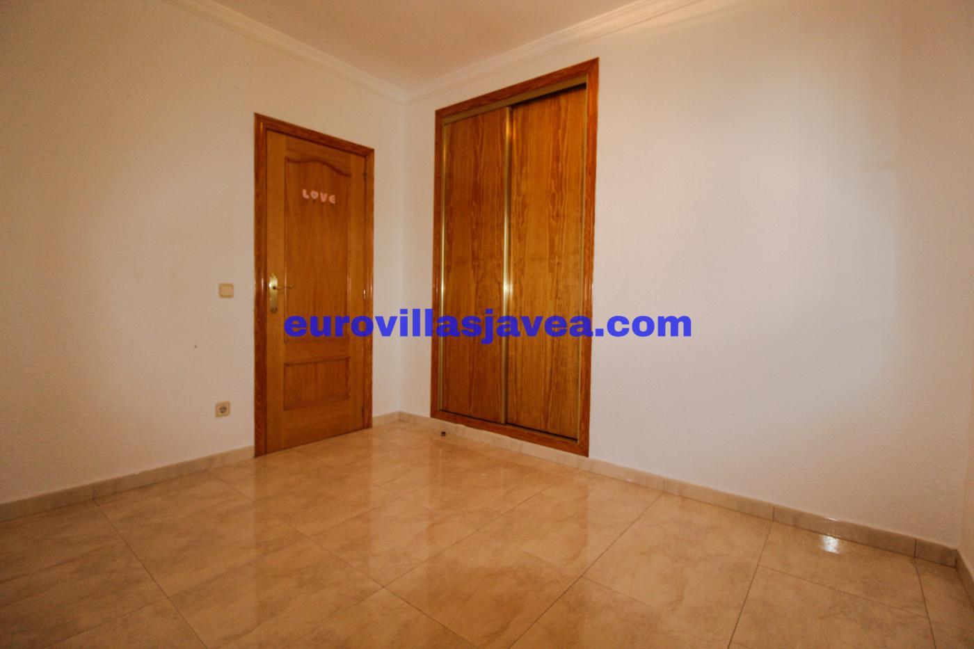 Villa for rent in Pedreguer