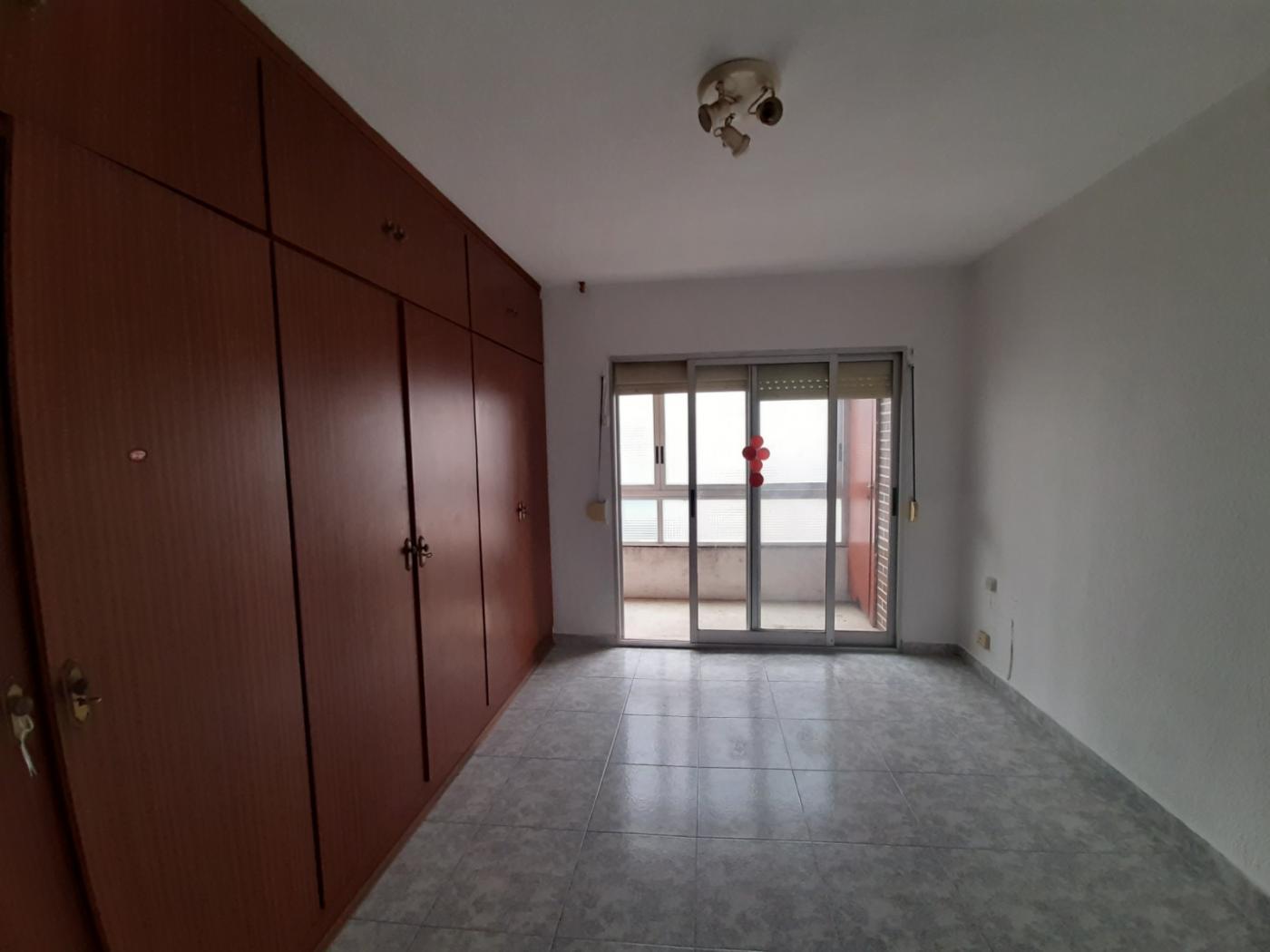 Apartment For Sale in Villajoyosa