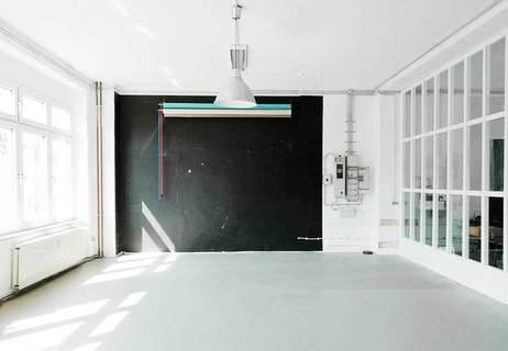 Ikonic Studio - Fotostudio und Makerspace