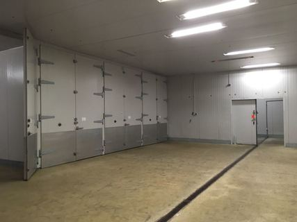 Große isolierte Lagerräume bei Hamburg