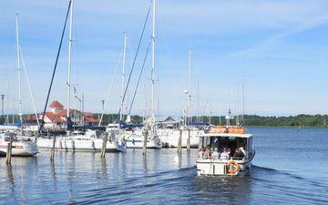 Risteily Jussarön saarelle