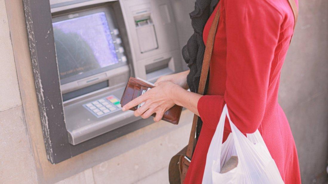 unberechtigt geld vom konto abgehoben