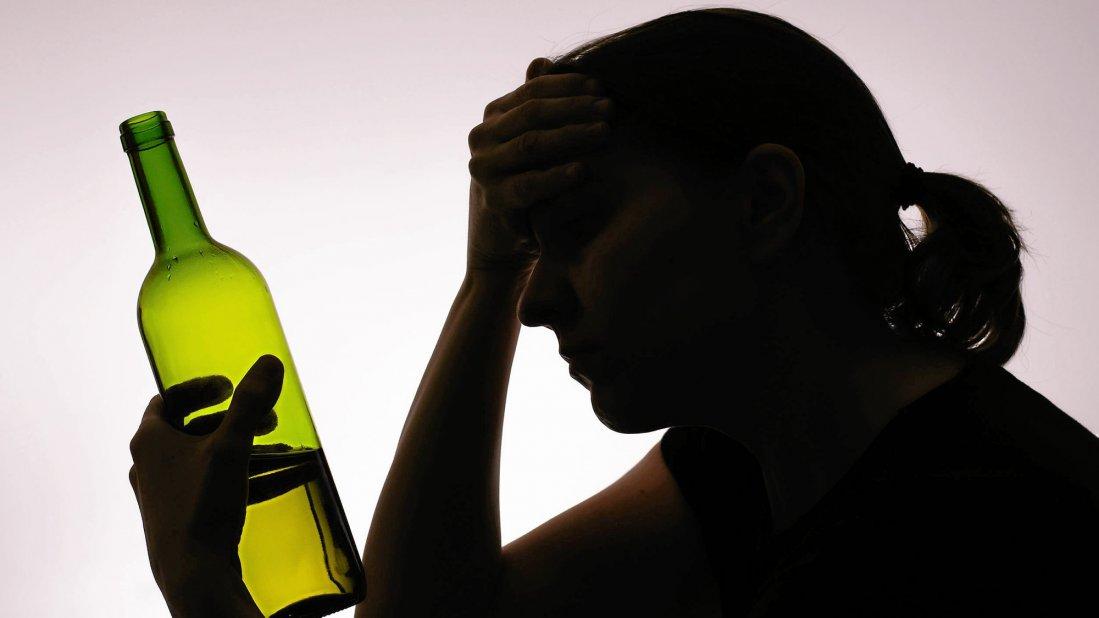 Junge Mädels mit über 1 Promille Alkohol intus