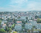 Luftaufnahme der Skyline von Lausanne mit markierten Points of Interest