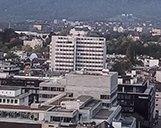 Drohnenaufnahme des Skyline Blickes auf das Ex-Allianz Gebäude in Zürich