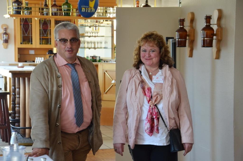 Regionalgruppenbetreuuerin Gaby Jung und Feierabend-Vorstand Alexander Wild beim Botschaftertreffen in Coesfeld 2014