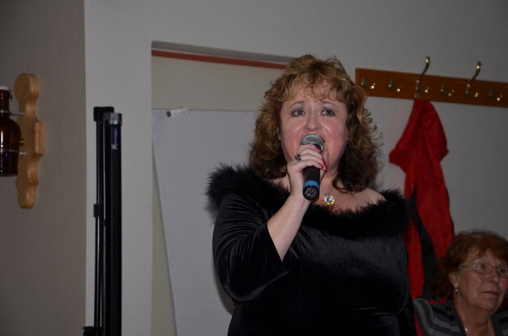 Gaby Jung singt beim Botschaftertreffen in Coesfeld 2014