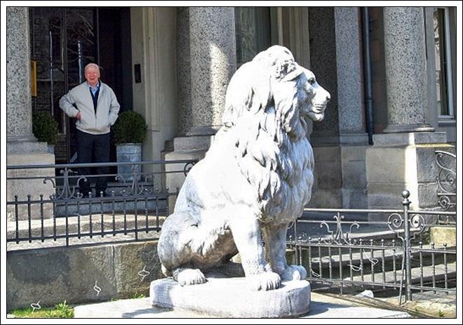 Günter und Löwe