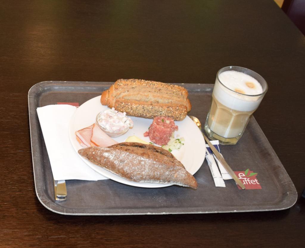 Frühstücks-Treff 10.