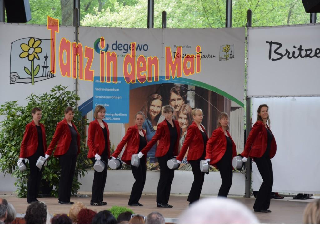 Tanzend in Mai