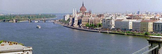 Donau mit Margareteninsel