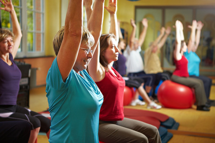 Gymnastik in der Gruppe, © Robert Kneschke - Fotolia.com
