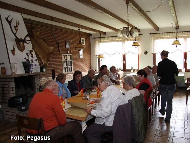 Im Restaurant - Pagasus-169