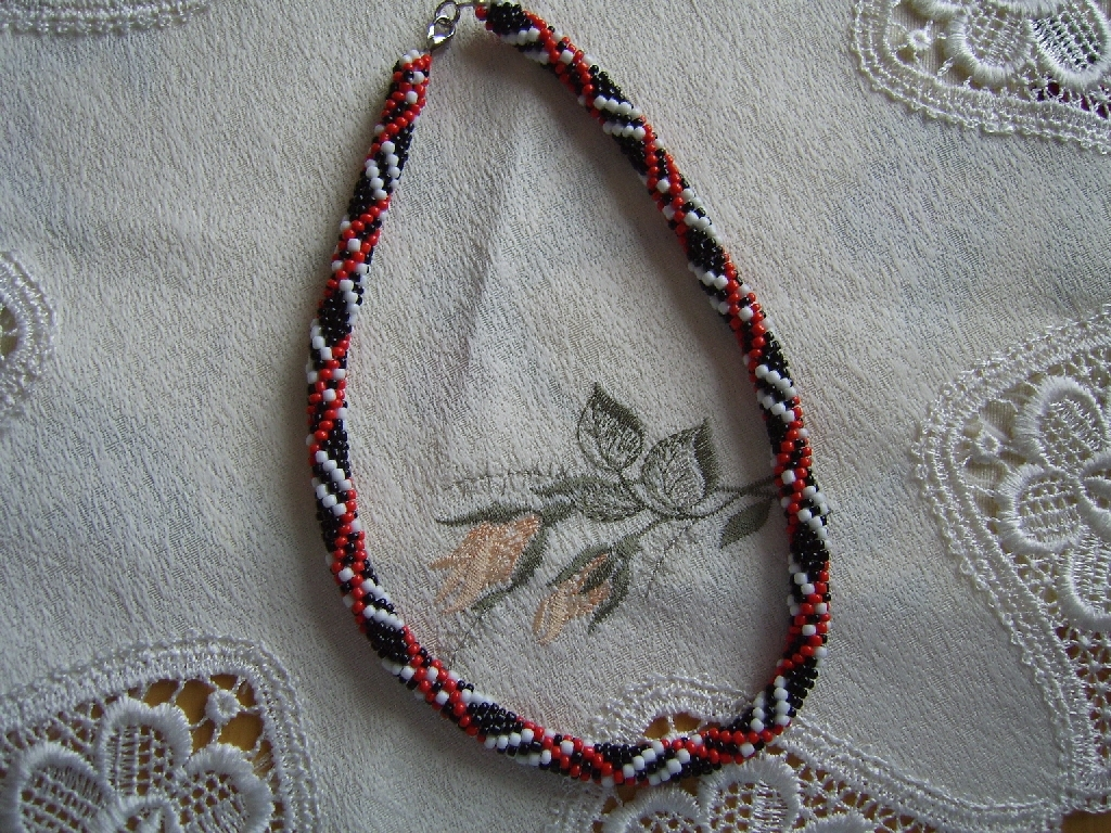 Perlen Häkeln Und Sticken Von Perlas