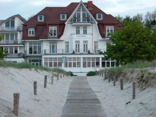Villa in Warnemünde.jpg