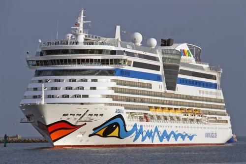 Kreuzfahrtschiff_AIDAdiva_Italien.jpg