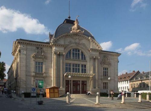 1024px-Fuerth_Stadttheater_3.jpg