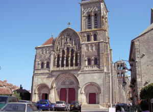 Burgund 19
