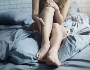 Beine mit Wadenkrampf