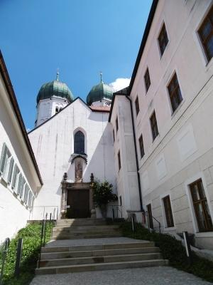 Das Benediktinerkloster wurde 994 gegründet