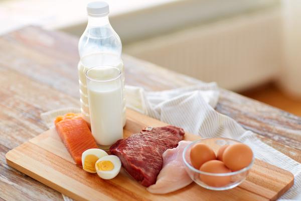 Tierische Lebensmittel wie Milch, Fisch und Fleisch