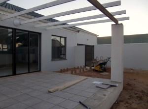 Die Terrasse ist auch bald fertig
