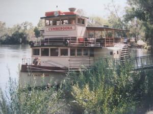 Am Murray River,, Rad Dampfer