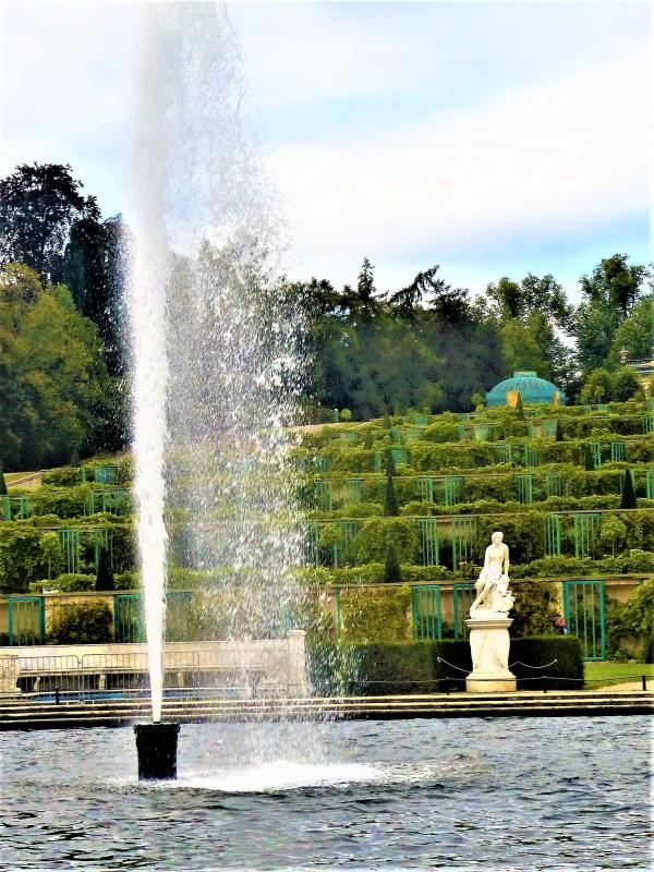 Der Springbrunnen.