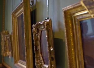alte Gemälderahmen im Museum