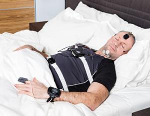 Mann im Schlaflabor