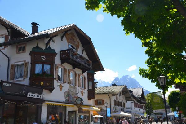 Fussgaengerzone Garmisch