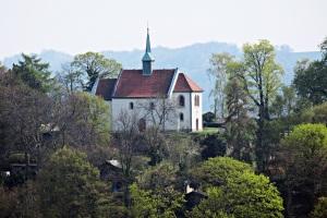 Kleine Kirche im Meißner Hochland