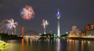 Feuerwerk über Düsseldorf