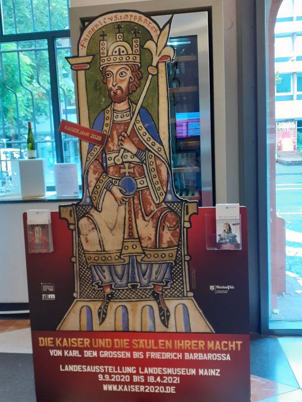 Kaiserausstellung_Rose56