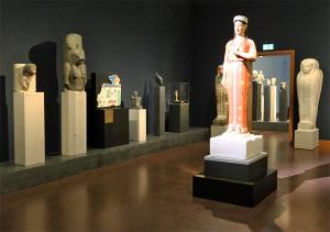 Experimentelle Farbrekonstruktion der Grabstatue der Phrasikleia, 2010/2019