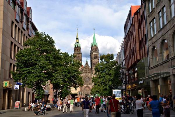 Blick auf Lorenzkirche