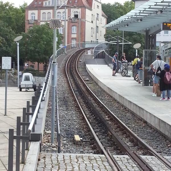 z12_Zahnradbahn_in_Stgt.jpg